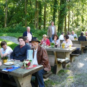 Ein Blick auf die Teilnehmer des Sommerfestes